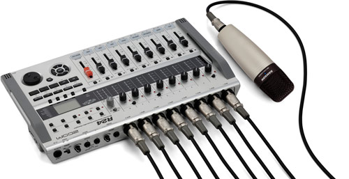 R24 with 8 XLR inputs