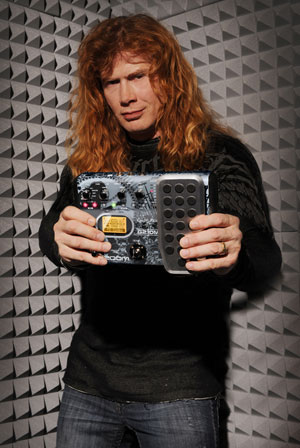 Dave Mustaine with the Zoom G2.1DM